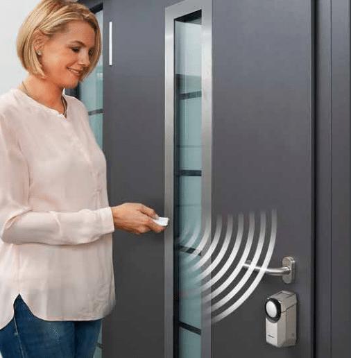 Draadloze deurslotaandrijving